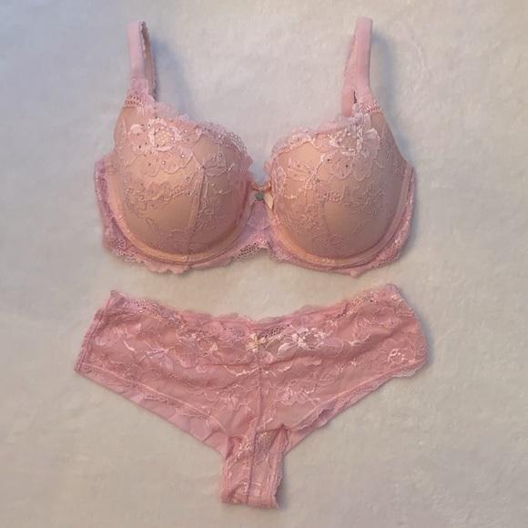 Victoria's Secret Body By Victoria Bra & Panty Set